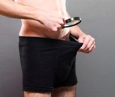 Cirugía estética masculina, la peneplastia - http://www.puntofape.com/cirugia-estetica-masculina-la-peneplastia-26500/ La peneplastia consiste en una operación del pene para su ensanchamiento, y un aumento de tamaño. Tabla de ContenidosEl tamaño normal del pene¿En qué consiste la peneplastia?¿Cuánto puede aumentar el tamaño del pene?Alargamiento del pene y rendimiento sexualLos problemas de cicatricesEl tiempo de...