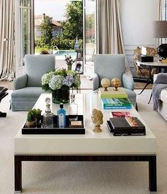 How to Style a Coffee table | Laurel Bern Interiors | Bronxville, NY via Nuevo Estilo | tons of wonderful ideas!