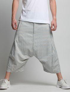 TROUSERS Workwear Fashion, Boho Fashion, Mens Fashion, Fashion Outfits, Fashion Design, Harem Pants Men, Trousers, Pantalon Thai, Grey Suit Men