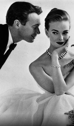 Old Hollywood. Vintage Jewellery.