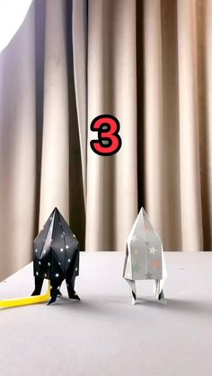 DIY - Paper Rocket - A simple tutorial to show you how to DIY a flying rocket by using paper. A simple tutorial to show - # Instruções Origami, Paper Crafts Origami, Paper Crafts For Kids, Paper Crafting, Diy For Kids, Origami Videos, Origami Rocket, Origami Heart, Oragami