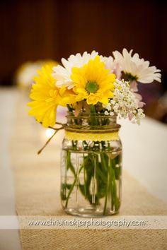 mason jar and daisy centerpiece