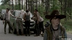 chandler riggs walking dead photos | Chandler Riggs Steven Yeun The Walking Dead Seed