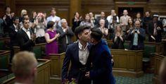 Reino Unido celebra sus primeras bodas gay
