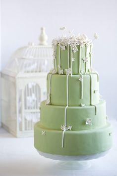 Spring Flower and Vines Wedding Cake