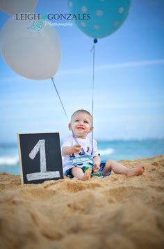 Leigh Gonzales Photography | Family Beach Photographer | Oahu Hawaii | Happy 1st Birthday Photo Session | PORTFOLIO
