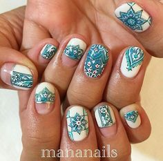 Amazing porcelain nailart