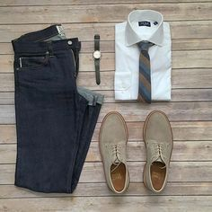 Follow @theshoegrid for daily style #suitgrid to be featured ____________________ #SuitGrid by @mikeswatches ____________________ Tap For Brands #inisikpe Shirt/Tie: @thetiebar Denim: @katobrand Shoes: @grantstone Watch: @rolex Watch Band: @bandrbands