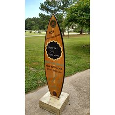 6 Ft Surfboard Sidewalk Sign and Stand With Chalkboard (985 AUD) ❤ liked on Polyvore featuring home, home decor, dark olive, home & living and mobile home decor