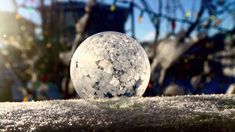 Frozen Bubbles! ~>Who knew blowing bubbles could be even more fun when it's super cold outside? Definitely going to let the kids try this tomorrow ;)  #frozenbubbles #winterfun #roadschooling