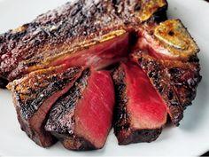 10年ぶりに復活!歴史あるフィオレンティーナ『イル ボッカローネトウキョウ』 恵比寿 旨みが凝縮された骨付き肉、とことん召し上がれ。