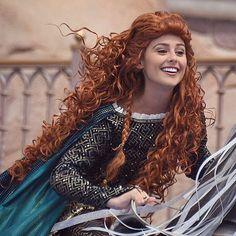 merida brave  #disney #facecharacter #disneyfacecharacter #disneycharacter #disneycastmember Disney Nerd, Disney Love, Disney Magic, Disney Parks, Disney Pixar, Disney Characters Costumes, Character Costumes, Disney Cosplay, Merida Cosplay