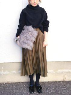 mizuhoさんのスカート「ADAM ET ROPE' シフォンゴムプリーツスカート」を使ったコーディネート