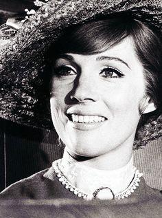 Man Julie Andrews. She's freaking beautiful