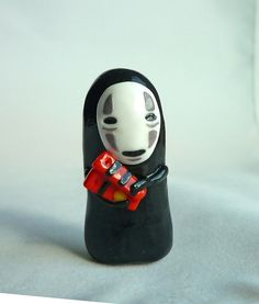 Items similar to No-Face with Bath Tokens Spirited Away Inspired Magnet on Etsy Fimo Clay, Polymer Clay Charms, Polymer Clay Art, Polymer Clay Earrings, Biscuit, Kawaii Room, Cute Clay, Spirited Away, Anime Figures