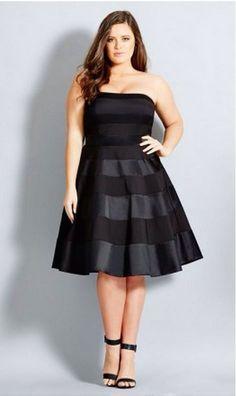 Curvy little black dress