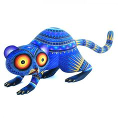 Julia Fuentes, Lemur. hand-carved and painted wood. Oaxaca, Mexico