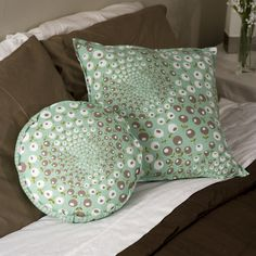 Nice tut on flanged pillow cover - How to Sew Throw Pillow Covers - Quilting Tutorial from ConnectingThreads.com