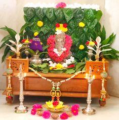 Festival Decorations, Ceremony Decorations, Flower Decorations, Rangoli Designs Flower, Small Rangoli Design, Gauri Decoration, Ganpati Decoration Design, Ganesh Chaturthi Decoration, Indian Wall Decor
