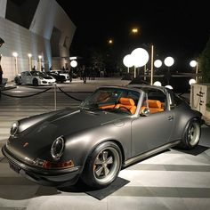 いいね!18.5千件、コメント163件 ― Singer Vehicle Designさん(@singervehicledesign)のInstagramアカウント: 「Shades of Grey at the @pfaffauto #blackandwhiteparty last night. #singervehicledesign…」