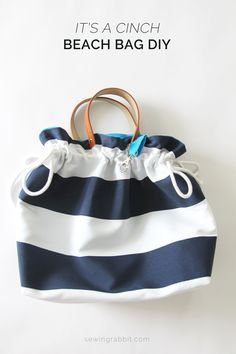 Create a beautiful striped cinch tote bag with this DIY guide from the Sewing Rabbit. Perfect for carrying books and groceries or even day-to-day use!
