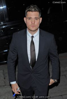 Michael Buble leaving the ITV studios after filming the Alan Carr: Chatty Man show http://www.icelebz.com/events/michael_buble_leaving_the_itv_studios_after_filming_the_alan_carr_chatty_man_show/photo1.html