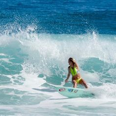 Be WILLNG TO TRY! My passion for surfing out-weighed my fear of sharks and of maybe being unable to surf with one arm.  Instead, I was willing to try surfing with one arm. Today I surf as a professional and I love what I do! #surfingiseverything #mybikini #RipCurl