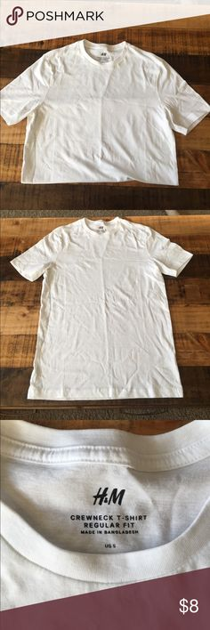 Men's crew neck NWOT crew neck regular fit white tee Shirts Tees - Short Sleeve