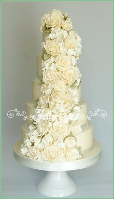 Incredibly beautiful   Ivory Rose  Wedding Cake ~ all edible!