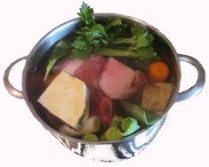 kräftige Fleischbrühe kochen - Rezept  meine Lieblingsbrühe. Weil man sie so nebenbei kochen kann. laktosefrei glutenfrei
