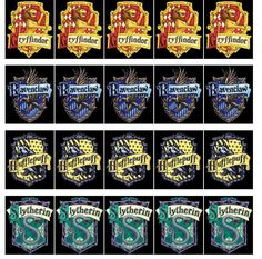 Loads of Harry Potter free printables for parties. Includes invitations, decorations + more. The only place you need for Harry Potter free printables. Harry Potter Badges, Harry Potter House Quiz, Harry Potter Kostüm, Harry Potter Stickers, Harry Potter Classroom, Harry Potter Printables, Harry Potter Cosplay, Harry Potter Birthday, Harry Potter Snacks