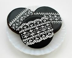 Black Lace Cookies by SweetSugarBelle, via Flickr