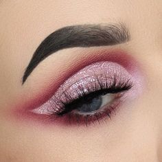 27 Stunning Eye Makeup Ideas For A Catchy and Impressive Look - eye makeup for brown eyes ,eye makeup for blue eyes Cool Makeup Looks, Beautiful Eye Makeup, Natural Eye Makeup, Stunning Eyes, Blue Eye Makeup, Makeup For Brown Eyes, Makeup Eyeshadow, Makeup Goals, Beauty Makeup