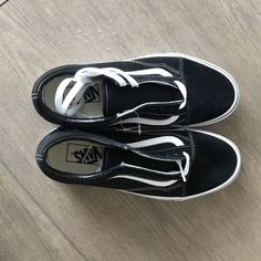 b4b4e99d93 Show them on what being the oldschool is all about with the classic Vans ®  Old Skool™ shoe! Low