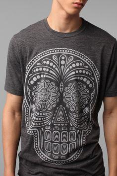 Urban Outfitters - Obey Dia De Los Muertos Tee Camisas Hombre 2b15673c7a238