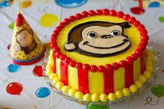Throwing a Curious George party for your little monkey? Take a look at these amazing Curious George Cake Ideas!