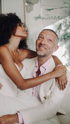 Black bride pride by Magpie Wedding Celebrity Wedding Photos, Celebrity Weddings, Wedding Trends, Wedding Styles, All White Party Outfits, Tina Kunakey, Vincent Cassel, Romantic Mood, Black Bride