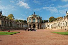 Zwinger Palace Courtyard - Zwinger Palace