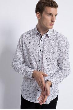 Zobacz produkt Medicine - Koszula Dark Side kolor biały  RW16-KDM530w oficjalnym sklepie odzieżowym online marki MEDICINE. Dostawa w 24h - dzisiaj zamawiasz, jutro przymierzasz. Zapraszamy do zakupów.