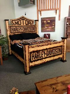 43 Amazing Bedroom To Inspire Your Ego - All about Harley Davison - Motorrad Cheap Bedding Sets, Bedding Sets Online, Easy Home Decor, Home Decor Trends, Harley Davidson Bedding, Davidson Homes, Harley Davison, European Home Decor, Awesome Bedrooms