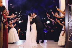 Aquele beijo dos noivos Alice & Jackson no final da cerimônia do dia mais importante de suas vidas. --- That kiss of Alice & Jackson in the end of the wedding ceremony of the most important day of their lives.