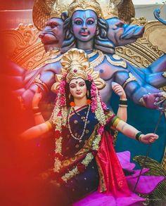 Invoking Powerful Goddess, the Primordial Force Adi Shakti For Ultimate Blessings Maa Durga Photo, Maa Durga Image, Indian Goddess Kali, Durga Goddess, Navratri Puja, Happy Navratri Images, Durga Ji, Shree Krishna Wallpapers, Navratri Festival