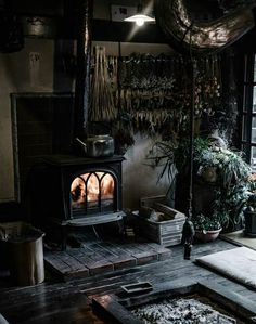 Living room decor ideas cozy interior design 7 – www.Bodrumhavadis… Living room decor ideas cozy interior design 7 – www. Gothic Living Rooms, Dark Living Rooms, Living Area, Living Spaces, Witch Cottage, Japanese Interior Design, Japan Interior, Gothic Home Decor, Gothic Interior