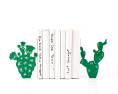 Metal Bookends - Cactuses - // housewarming gift // functional decor for a modern home // bookshelf decor // FREE WORLDWIDE SHIPPING //