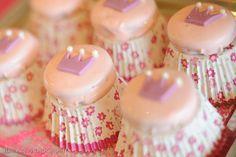 Princess crown chocolate covered Oreos