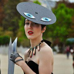 MUSA FRAMBOISE: Comenzó como moda lúdica, se transformó en LA IRONÍA A LA MODA