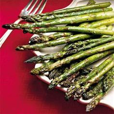 Lightly saute fresh asparagus with minced fresh ginger for a flavorful, Asian-inspired side dish that's perfect for spring and early summer. Try this recipe with broccoli or green beans. Broccoli Recipes, Vegetable Recipes, Vegetarian Recipes, Healthy Recipes, Veggie Side Dishes, Vegetable Dishes, Real Food Recipes, Cooking Recipes, Cooking Tips