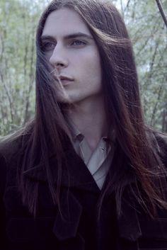 gothic men with long hair - - Yahoo Image Search Results Pretty Men, Pretty Boys, Beautiful Men, Gothic Men, Goth Guys, Boys Long Hairstyles, My Hairstyle, Grunge Hair, Mi Long