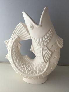Ceramic Bisque- ready to paint Fish Vase Concrete Sculpture, Fish Sculpture, Ceramic Fish, Ceramic Clay, Fish Pencil Case, Slab Ceramics, Diy Crafts For Home Decor, Fish Crafts, Ceramic Bisque