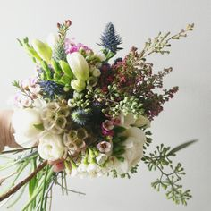 I absolutely LOVE the natural elements of this bouquet!!!